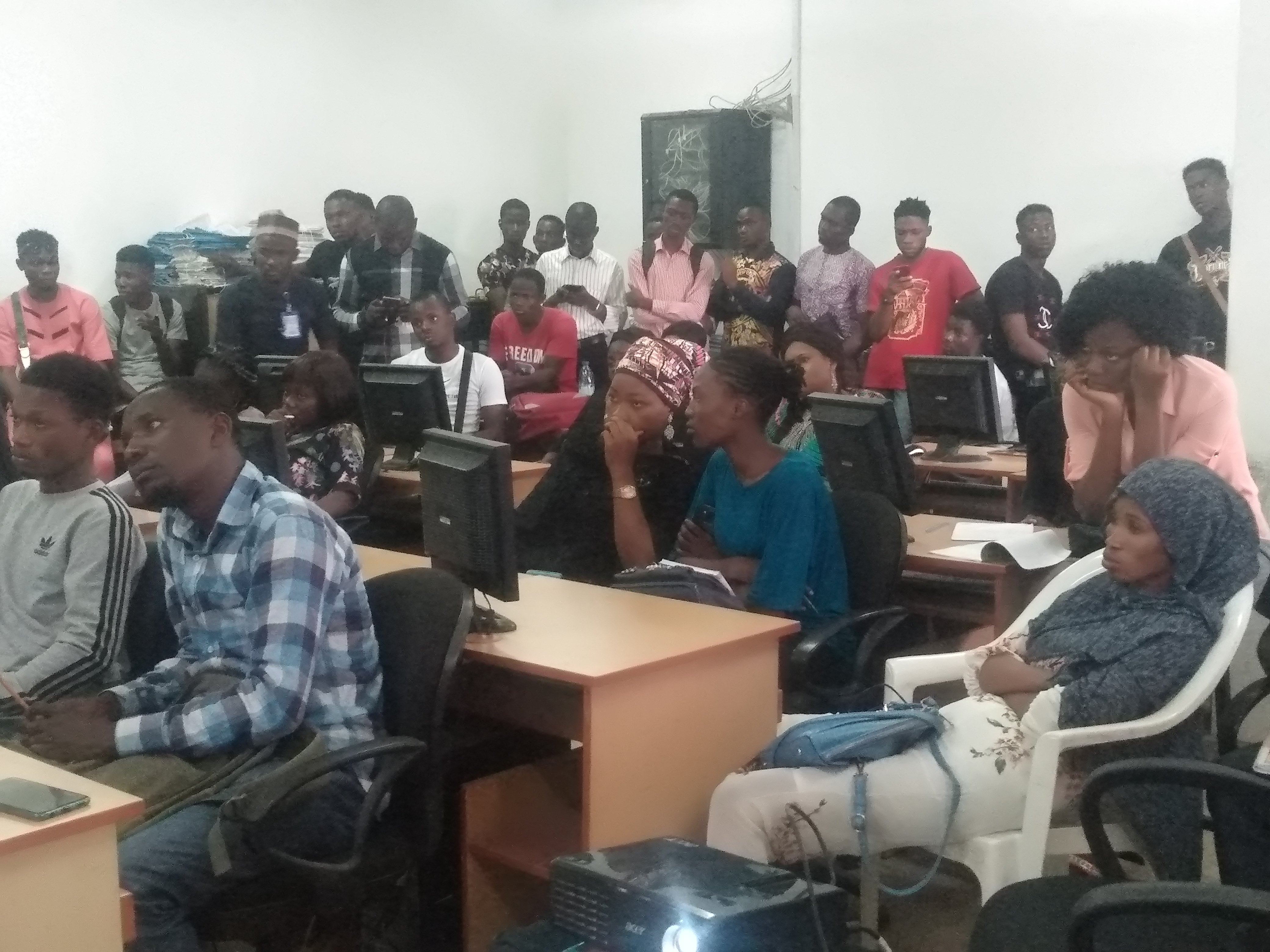 Abuja学生在AE构建租房问题解决方案 新闻 第1张
